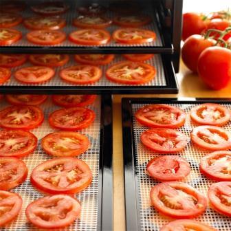 Excalibur_dziovintuvas_pomidorai